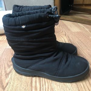 Size 3 Girls Winter Bogs